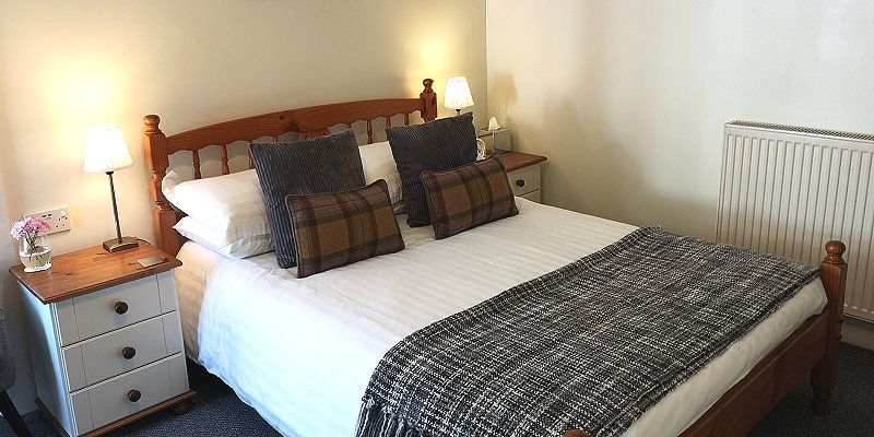 Image of bedroom at Norwood Guest House Balloch
